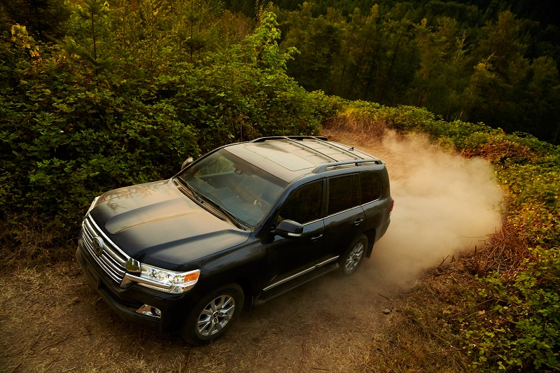 2018_Toyota_Land_Cruiser- SUV review
